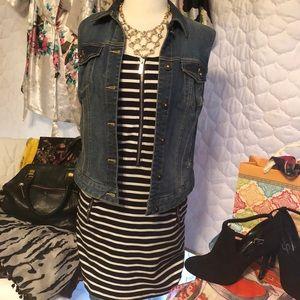 MICHAEL KORS striped zip front mini w pockets